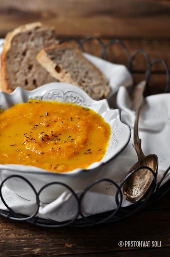 Prstohvat soli: Čorba od šargarepe sa kuminom