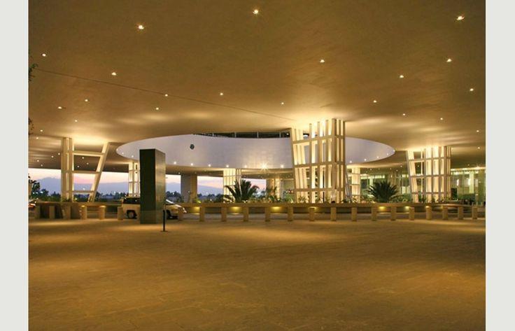 TERMINAL 2 - Aeropuerto Internacional Benito Juarez de la Ciudad de Mxico | Project | Architype