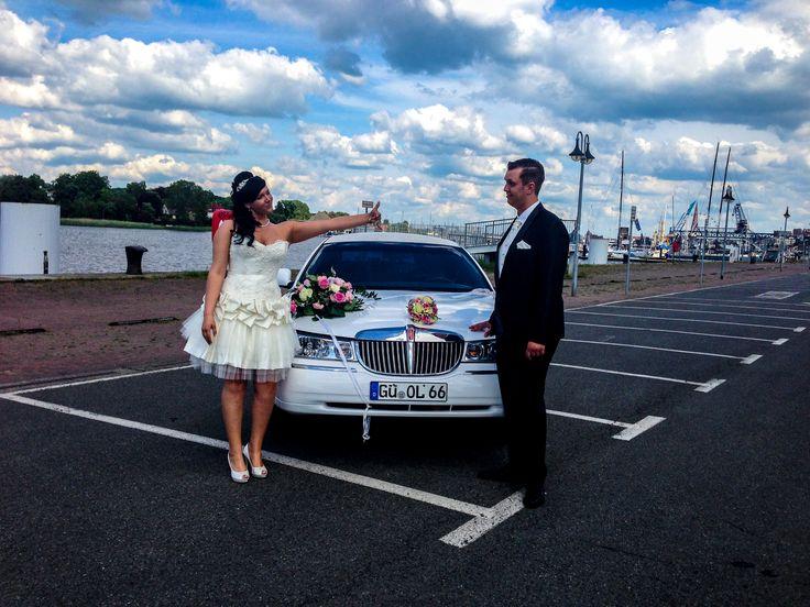 Hochzeit Auto am Hafen in Rostock