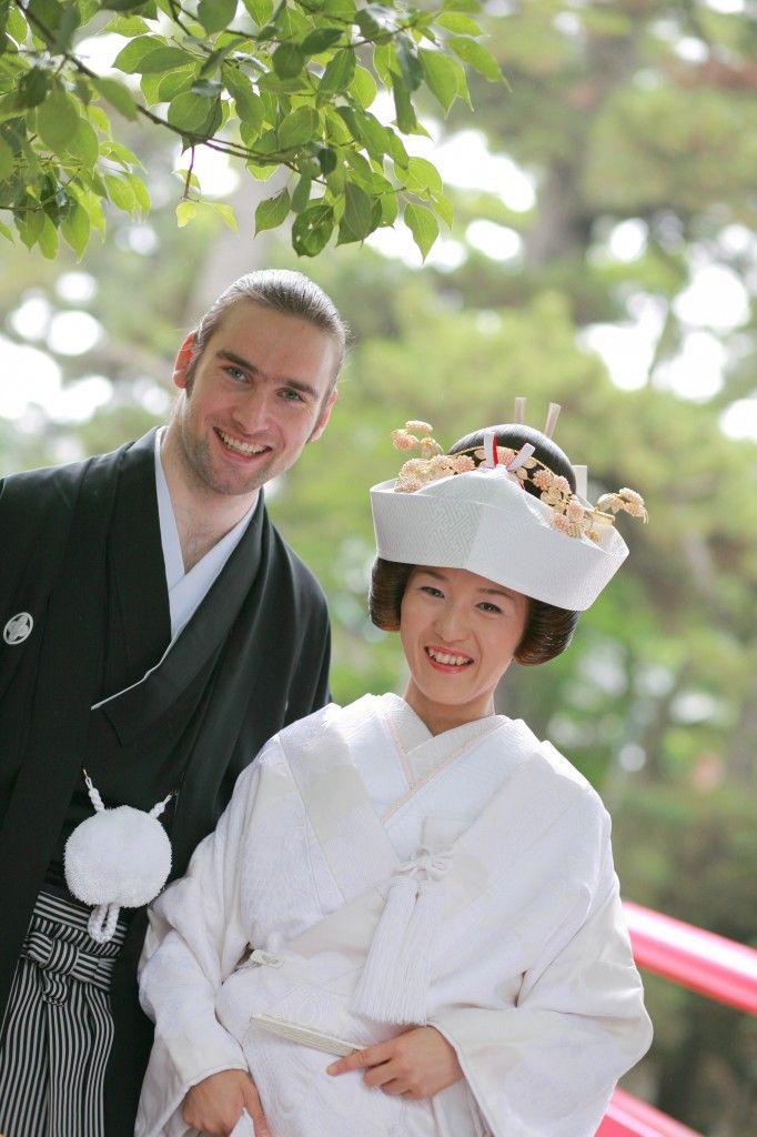 より一層男前に見せる袴♡結婚式に着たい新郎の袴姿。ウェディング・ブライダルの参考に。