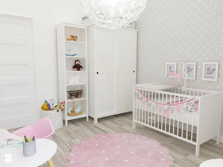 Pokój Julki - Średni pokój dziecka dla chłopca dla dziewczynki dla niemowlaka dla malucha, styl skandynawski - zdjęcie od JMJ Interiors
