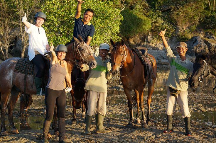 Ibu Ursie Haus and the team enjoying the sunset beach horse riding