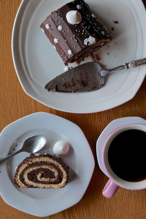 French Buche au Chocolat