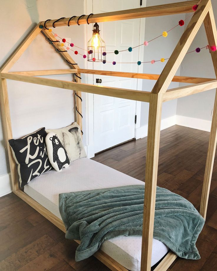 DIY Toddler House Bed for under $100 with FREE furniture ...
