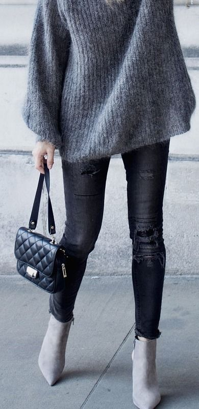 grey knit + ripped black sinnies + grey suede ankle boots