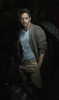 Michael Raymond James <3Watching OUAT I realise he could pull off Sam Drake easily
