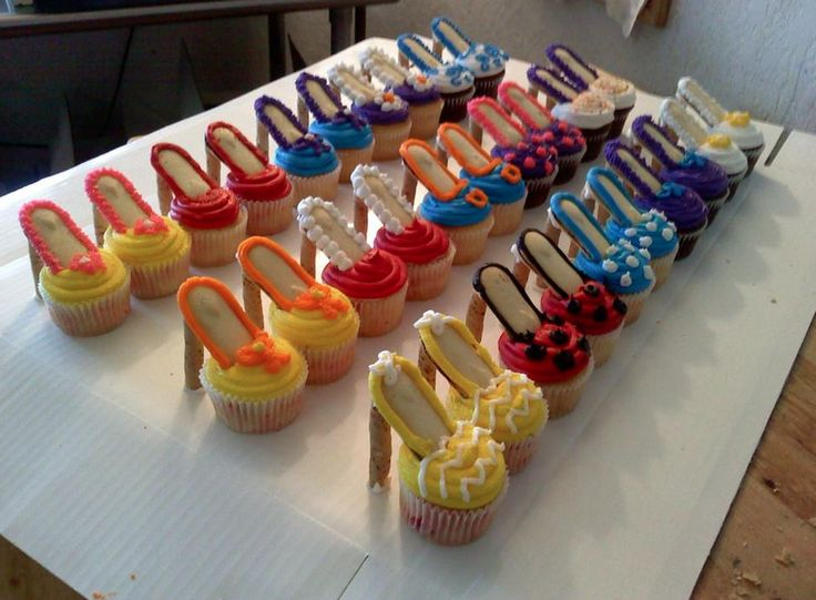 Stilletto Cup Cakes