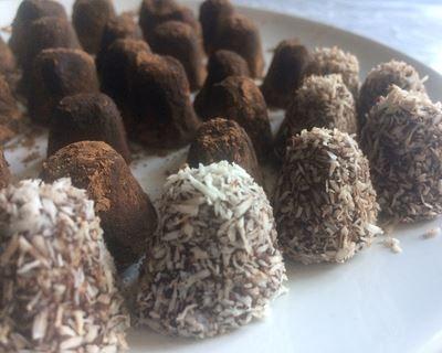 Truffes au chocolat et noix de coco