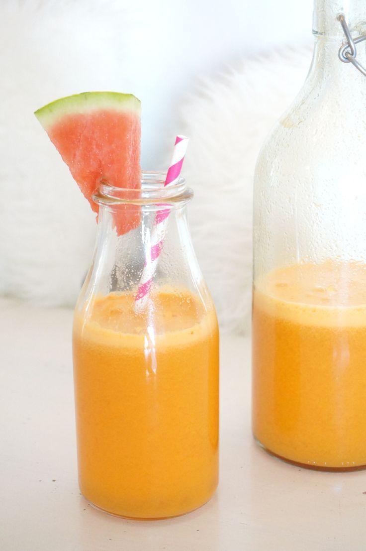 Eirín Kristiansen - Ingredienser: 3 gulrøtter, 2 appelsiner, 2 grønne epler, 2cm ingefær, 1/2 sitron - juice it!