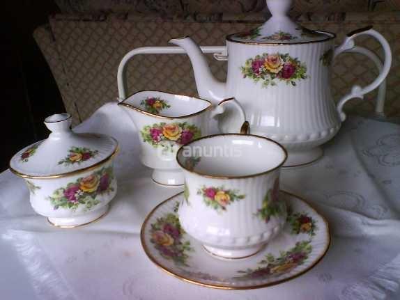 Mejores 86 im genes de porcelana en pinterest porcelana for Vajilla de porcelana inglesa