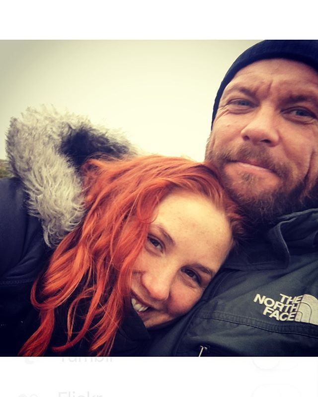 Once in his #life, every man (even an old scruffy one, like me) is entitled to fall madly in #love with a gorgeous #redhead ❤️ - my #ginger #girlfriend is @kristineemmy - and even without makeup - tired after a hard #workout - and dressed In the rainy colours of #autuum - she is a daily #inspiration to me - and i intend to let her keep me, for as long as she wants me ❤️😘 ONE LIFE - uhmm october ❤️❤️ ---------------------------------------------- @myproteindk @myproteinuk @recoverfit.dk…