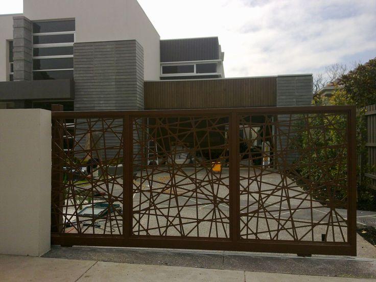 Gate Design on Iron Entrance Gates Designs