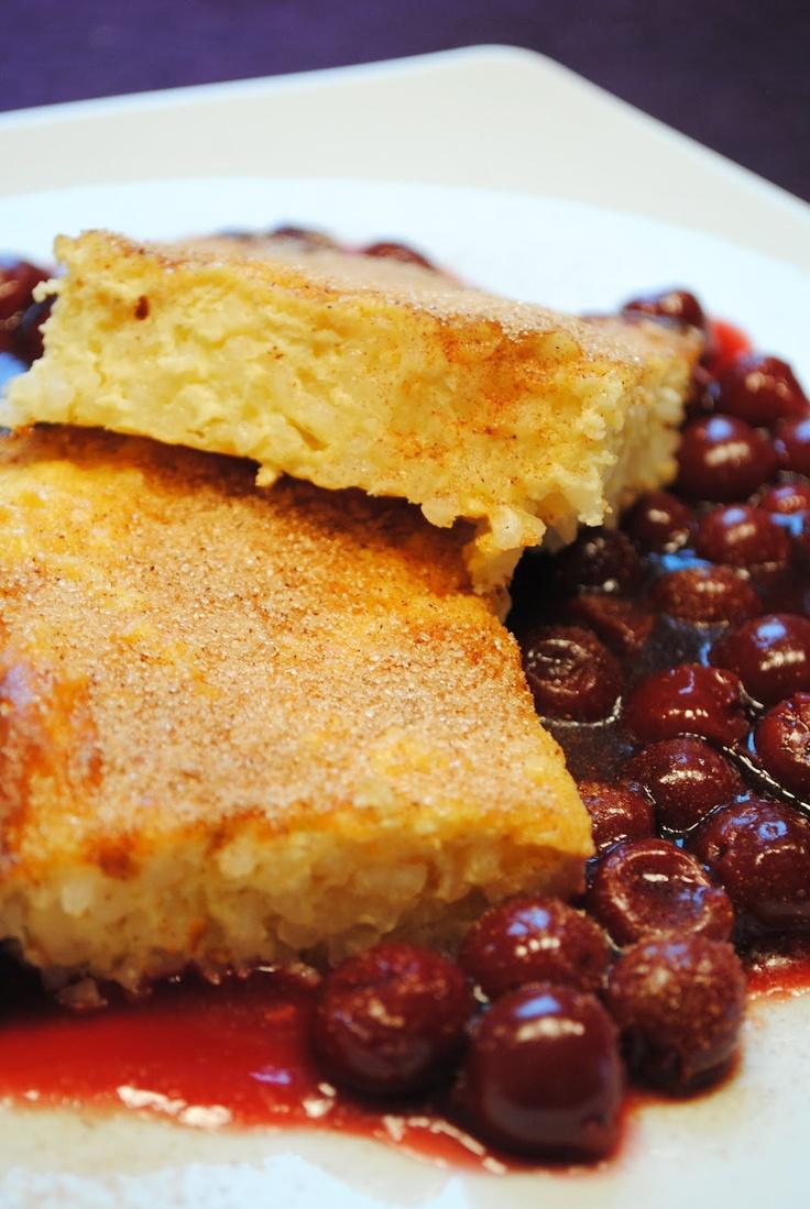 Küchenzaubereien: Süßer Reisauflauf mit Quark und heißen Kirschen