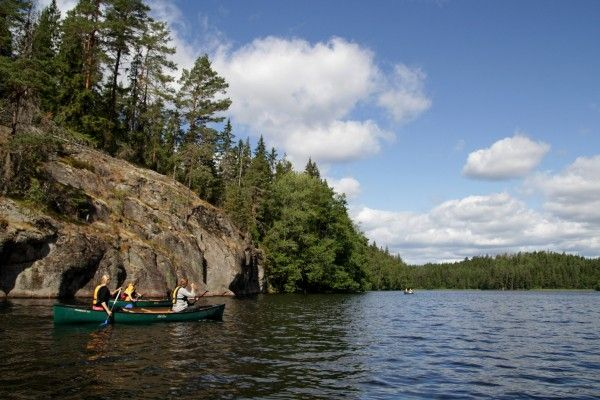 #Canoe to wilderness in the middle of the #Nuuksio National Park | Visit #Helsinki Blog