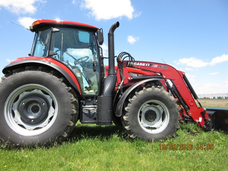 CaseIH Farmall 110C cab tractor equipped with L630 loader