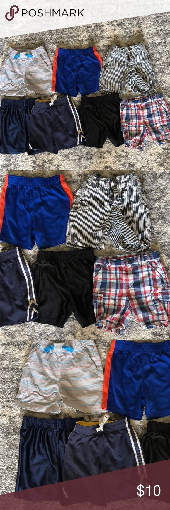 7 pairs of boys shorts. Size 2t. 7 pairs of boys shorts. Size 2t. 4 pairs of them are athletic type shorts. ❌⚠️NO TRADES & PLEASE NO LOWBALL OFFERS! You will be ignored! If you want to save money than I do offer 10% off of all bundles. Also no offers on bundles since I will already be giving you 10% off my prices.⚠️❌ Children's Place Bottoms Shorts