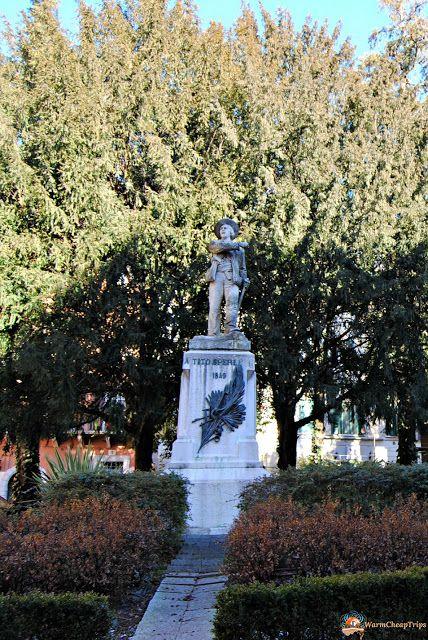Brescia, cosa vedere in una giornata - Piazzetta Tito Speri