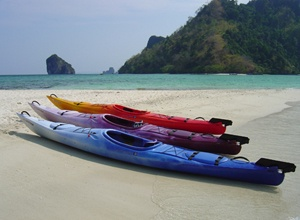 Kayak rentals includes camping and cooking gear http://www.kayakthailand.com/7.html