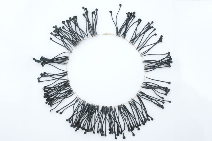 Rui Kikuchi Physis Neckpiece (Eucalyptus macrocarpa)  Old steel nails, 18K gold  25cm diametre  2009 (jewelry with nails)