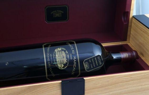 Lo Château Margaux del 2009 è il vino più #costoso al mondo #lusso #luxury - http://www.tentazioneluxury.it/lo-chateau-margaux-del-2009-e-il-vino-piu-costoso-al-mondo/