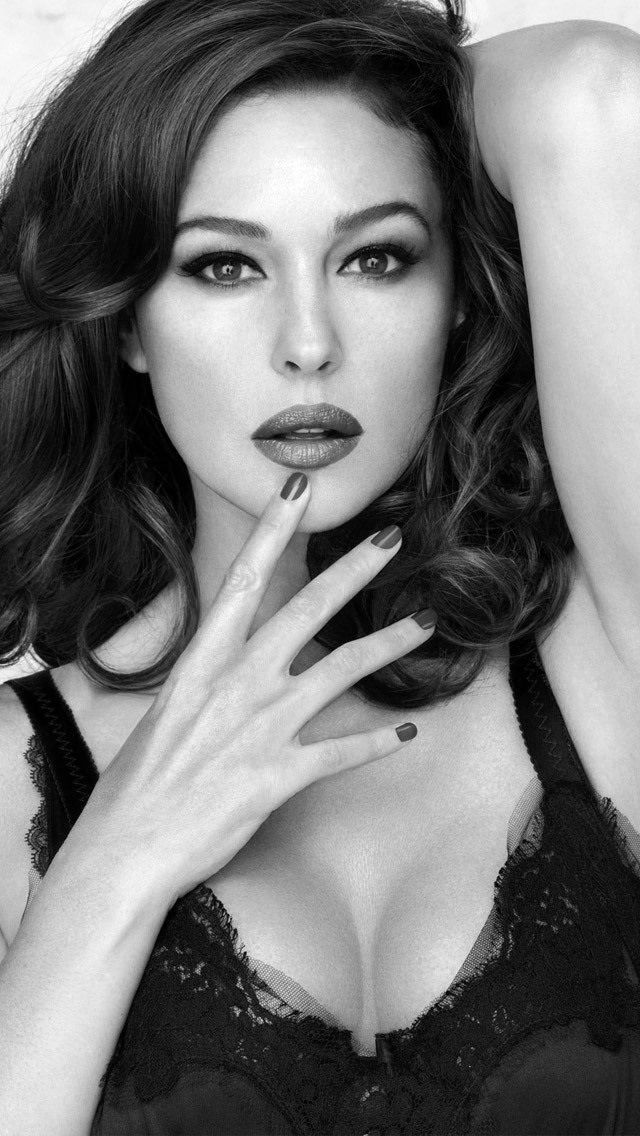 Monica Bellucci - I really HATE her!!  Not really.  Okay, sort of.