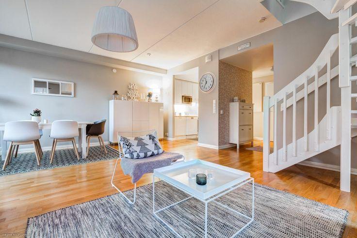 Myytävät asunnot, Fallåker 7-9, Espoo #oikotieasunnot #olohuone #livingroom #Espoo