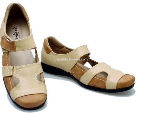 Sepatu wanita BDA 028 adalah sepatu wanita yang nyaman dan...