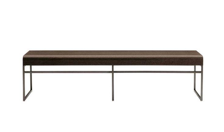 Benches: ELIOS – Collection: Maxalto – Design: Antonio Citterio