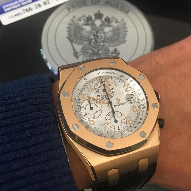 Audemars Piguet Royal Oak Offshore Pride of Russia ________________________________________________ Доставка в ваш город #рф #снг #europe #moscow #russia #limitededition #audemars #audemarspiguet #gold #prideofrussia #rolex #watch #time #likes #like4follow #like4like #likeforlike #vip #rublevka #barcelona #sale #bentley #mercedesbenz #bovet #birkin #tourbillon #breitling #price :33.500.$$$$ Call:7.495.212.12.77. What's App:7.903.291.75.75. by vip_lombard