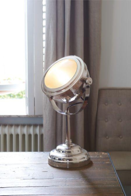 Rivièra Maison Official Online Store ® - Accessoires | Lampen & Lampenkappen | Tafellampen | Classic Car Table Lamp
