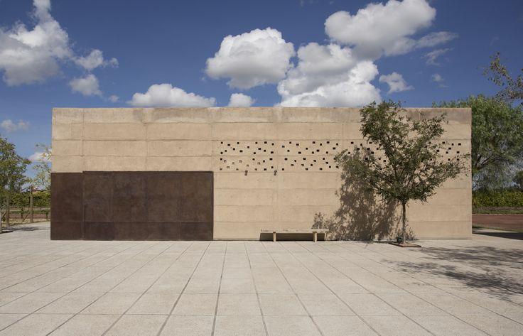 Vinícola Cuna de Tierra / CCA Centro de Colaboración Arquitectónica