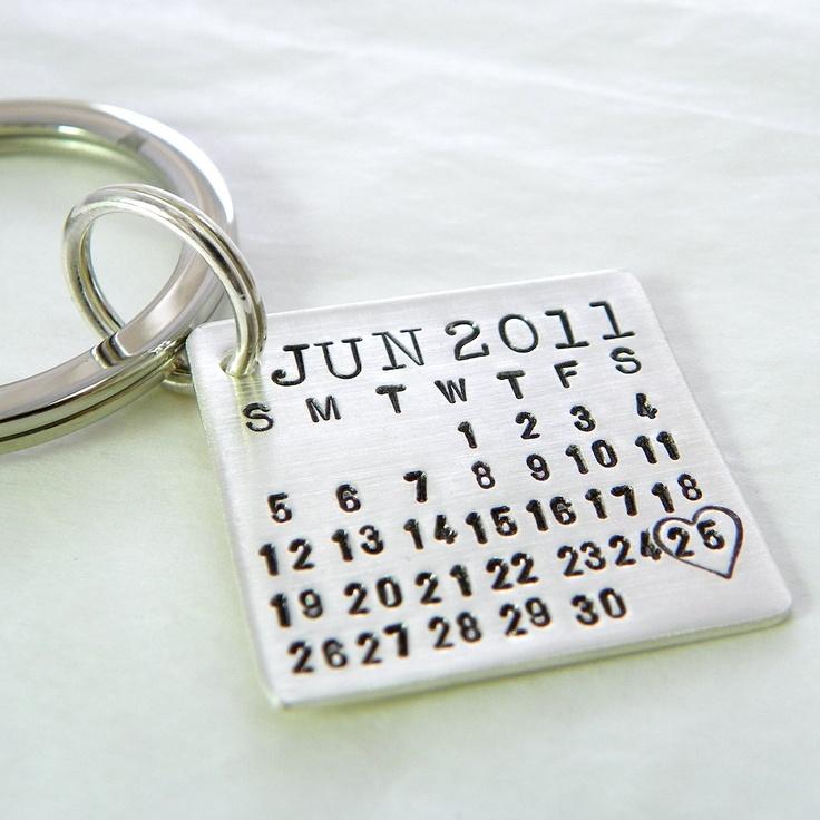 wedding date keychain :)