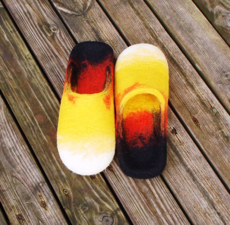 wet felted slippers BONFIRE / UGUNSKURS pamana.lv