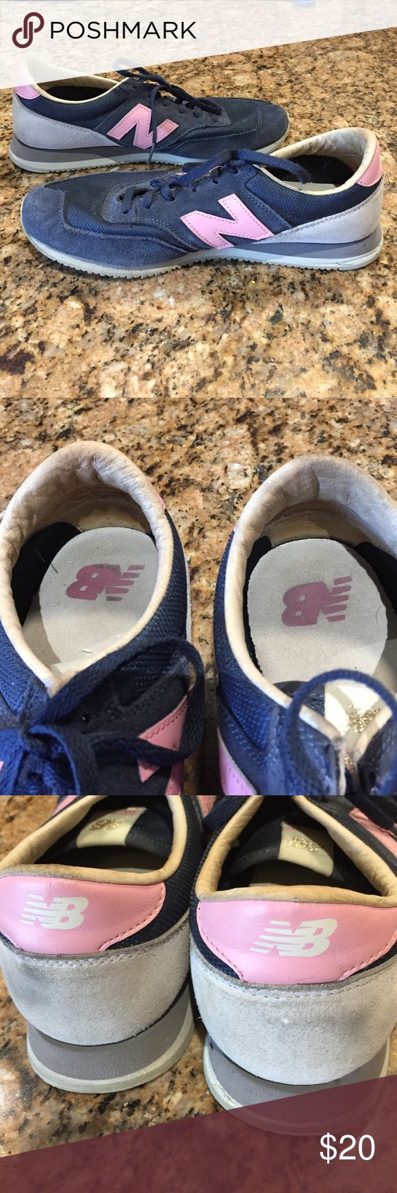 New Balance 620 Women's Sneakers New Balance women's sneakers. Slight discoloration on back of shoe. See pictures. New Balance Shoes Sneakers