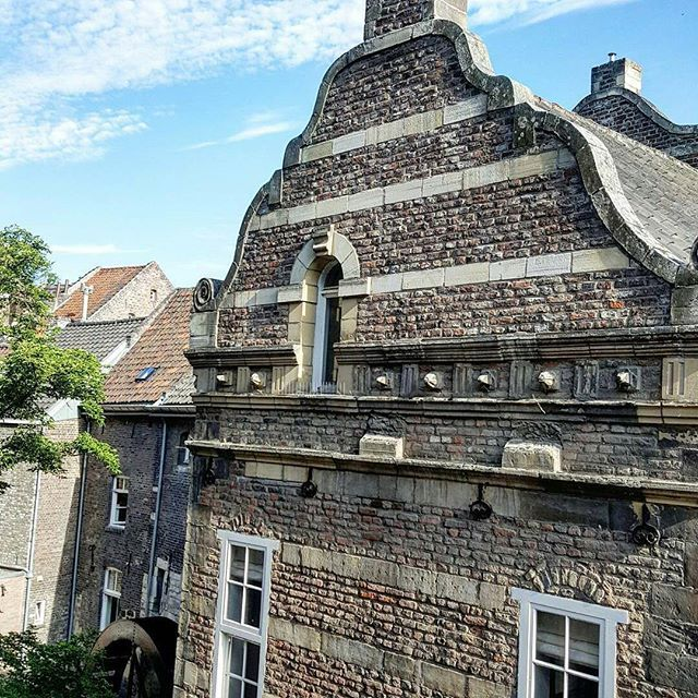 Mmm maastricht details. What are the details you noticed about this quaint and picturesque city?