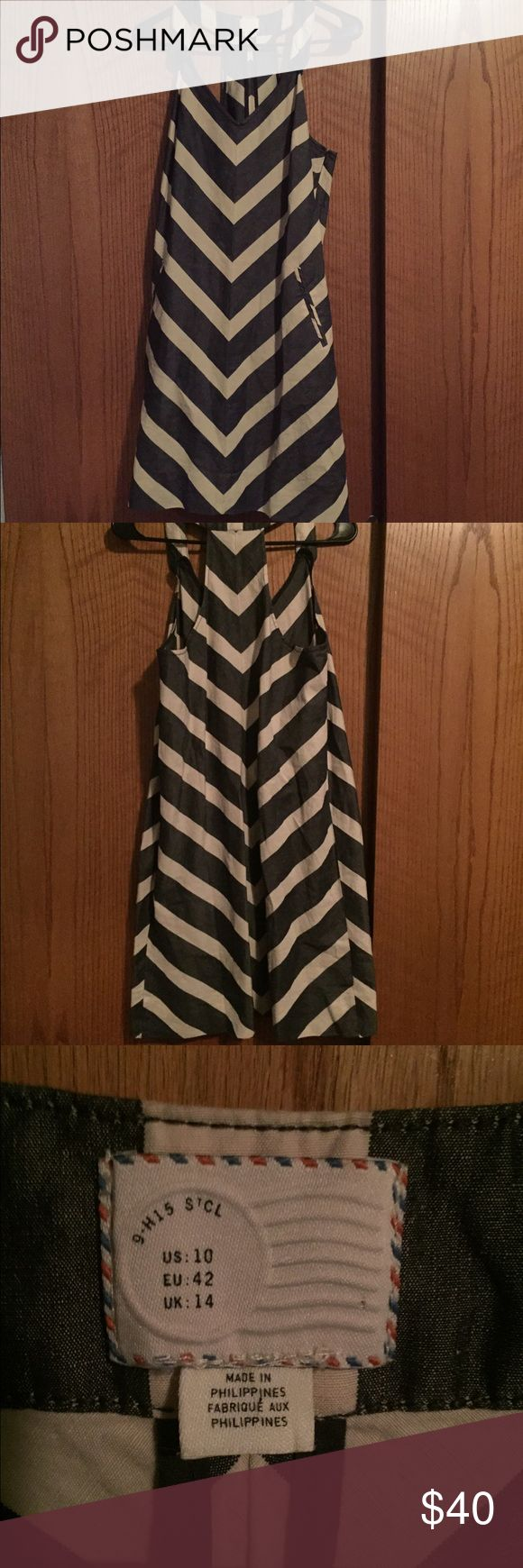 Anthropologists Postmark chevron printed dress Size 10 Anthropologie Postmark chevron print dress in great condition. Anthropologie Dresses