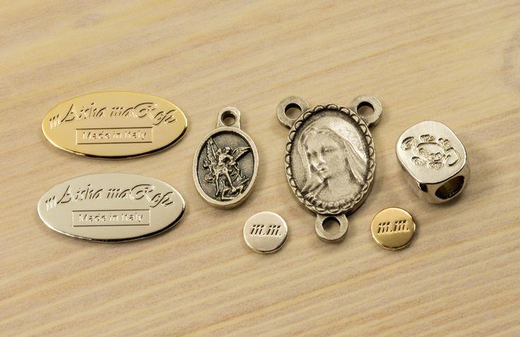 http://www.articolireligiosiroma.it i migliori articoli religiosi made in Italy.