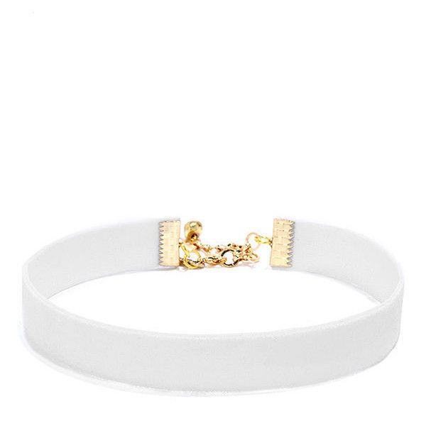 Vanessa Mooney Loving You White Velvet Choker Necklace (£21) ❤ liked on Polyvore featuring jewelry, necklaces, accessories, white, chokers, white necklaces, velvet necklace, long choker necklace, stretch choker and velvet choker necklace