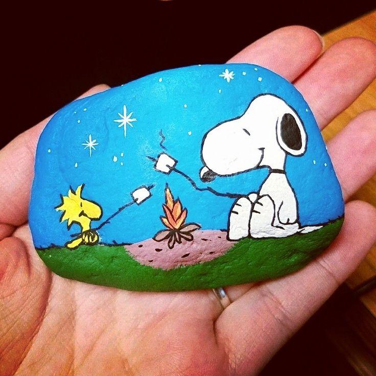 Painted rock / rock painting / rock art / painted stones / snoopy / Woodstock