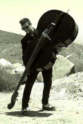 charles mingus introduction of the stand up bass Bass, arranged by – charles mingus drums – curley hamner, earl walker guitar – billy mackel piano – dodo marmarosa tenor saxophone – morris lane trumpet – benny bailey vibraphone, piano, vocals – lionel hampton.