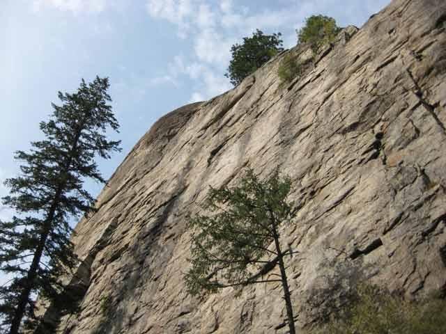 Skaha Bluffs - world class climbing