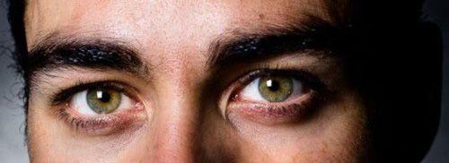 Sirius zwarts zei dat harry dezelfde ogen had als zijn moeder.