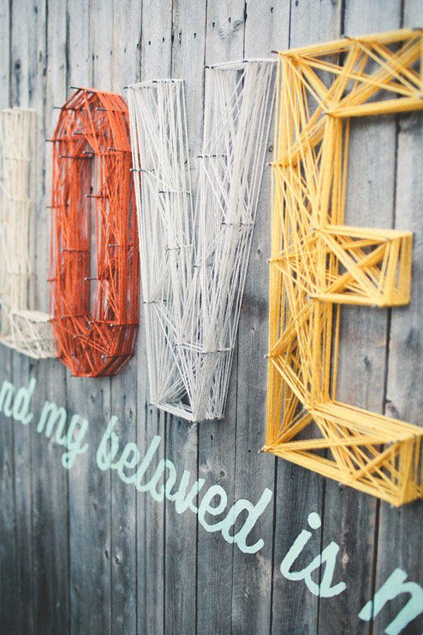 Tipografías con hilos sobre maderas recicladas | Blog de diseño gráfico 9Musas