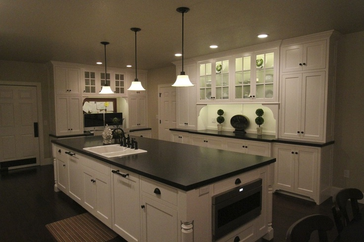 Custom chef kitchen contemporary portland aloha cabinets for Chef kitchen decor ideas