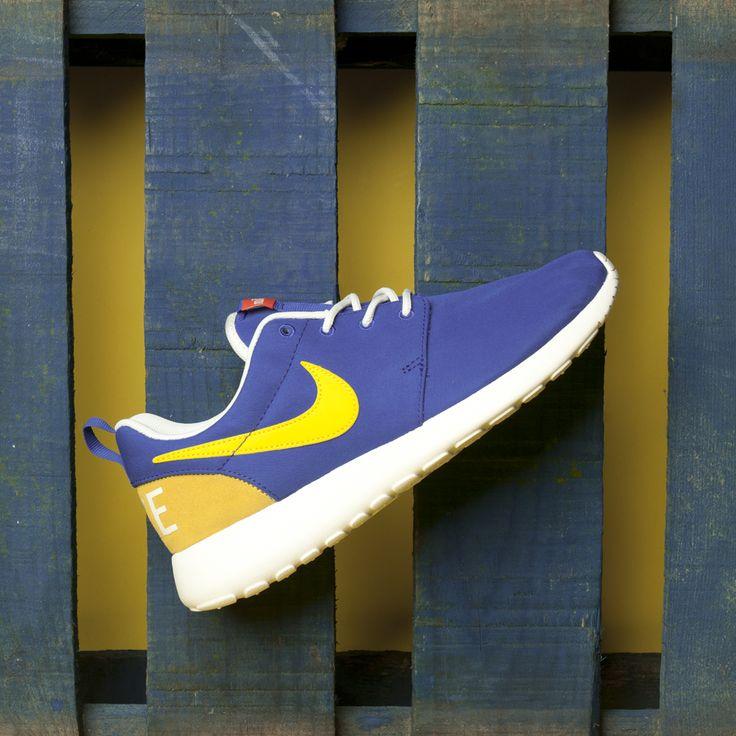 Running retro in our Nike Roshe Ones.