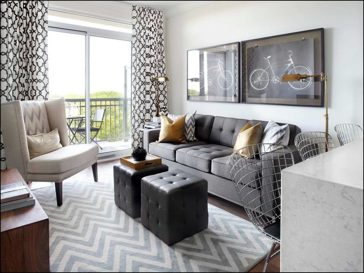 Matching Throw Pillows And Rugs