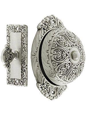 Antique Door Bell. Floral Design Mechanical Door Bell In Solid Brass