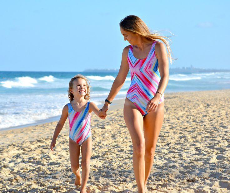 mom-daughter-nude-shauna-sands-blowjob