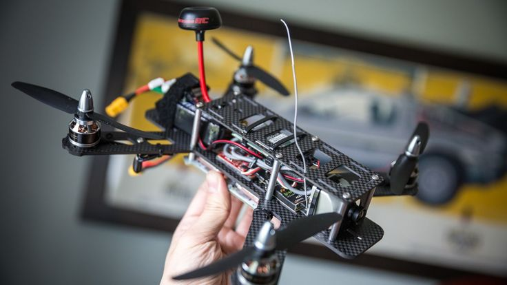 Thanks to Lumenier for providing parts for this build: www.getfpv.com After learning about the world of FPV quadcopter racing, we couldn't wait to build our ...