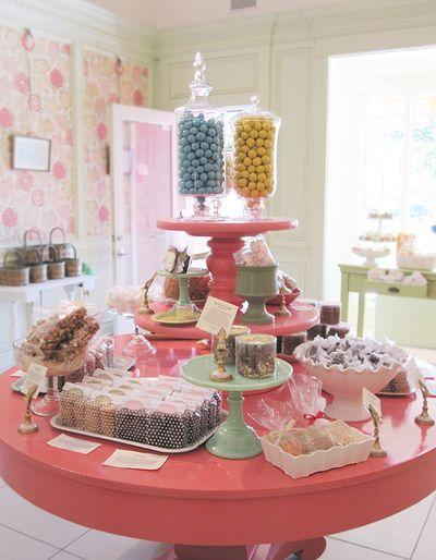 Mesa redonda, me gusta | Candy Table                                                                                                                                                      Más